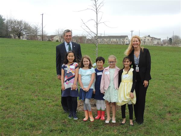 Gov. Carney Visits North Star for Student Project